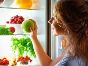 Makan Buah Sebelum Tidur, Menyehatkan atau Justru Bikin Gendut?