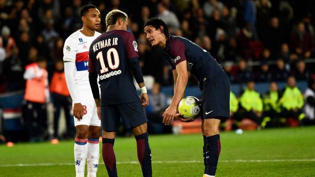 Bonus Rp 15 Miliar di Balik Ribut-Ribut Neymar-Cavani?