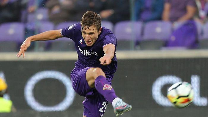 Vincenzo Montella berniat jadikan Federico Chiesa striker. (Foto: Gabriele Maltinti/Getty Images)