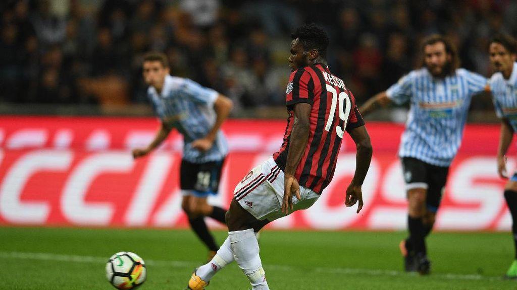 Dua Gol Penalti Menangkan Milan atas SPAL