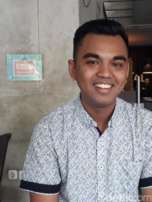 Grandprix Doktor Termuda Indonesia, Pembimbing: Dia Sosok Unik