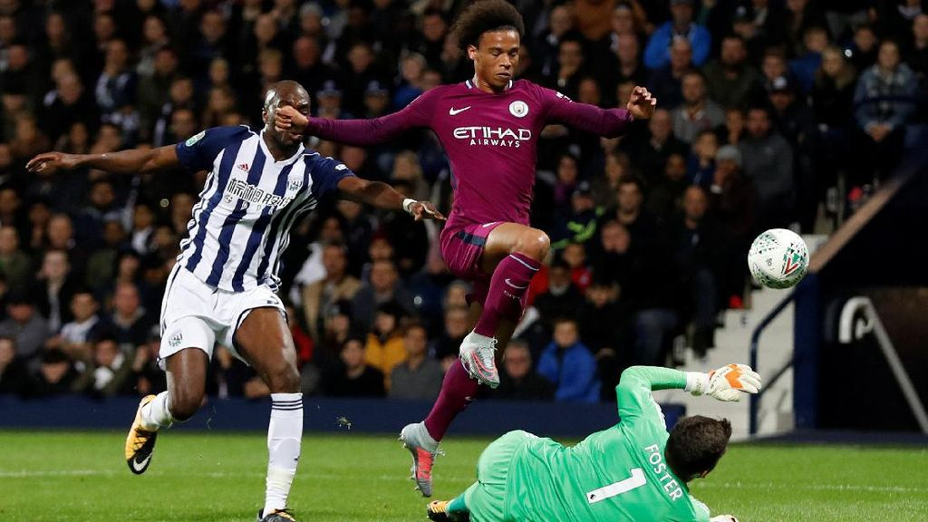 Dua Gol Sane Antarkan City ke Babak Keempat