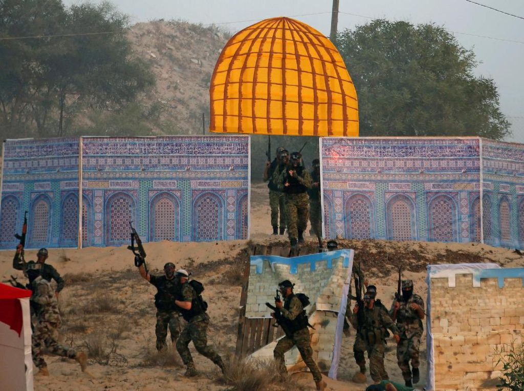 Dome of The Rock Palsu Diserang Militan Palestina