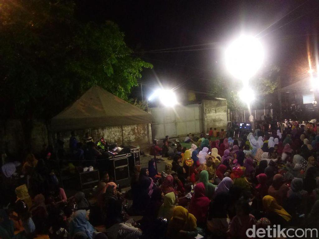 GP Ansor Surabaya Gelar Nobar Film G30S/PKI, Warga Antusias