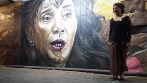 Respon Menteri Susi Saat Melihat Mural Wajahnya di Tembok Solo