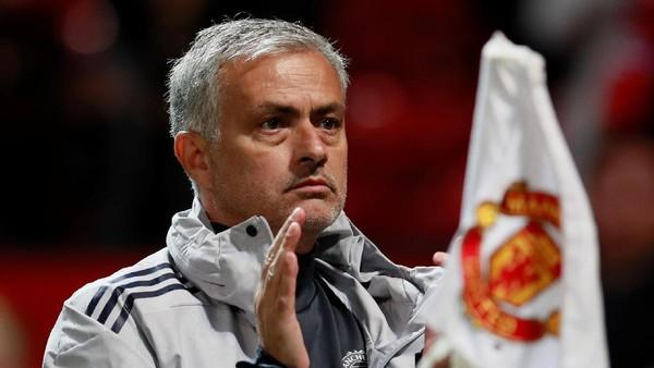 Shaw Puji-Puji Pochettino, Bagaimana Perasaanmu Mourinho?