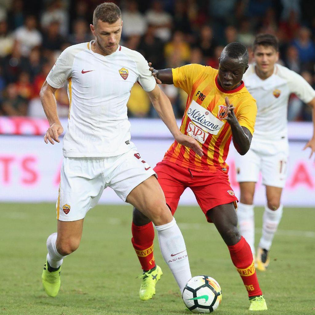 Dua Gol Dzeko & Dua Gol Bunuh Diri Antar Roma Libas Benevento