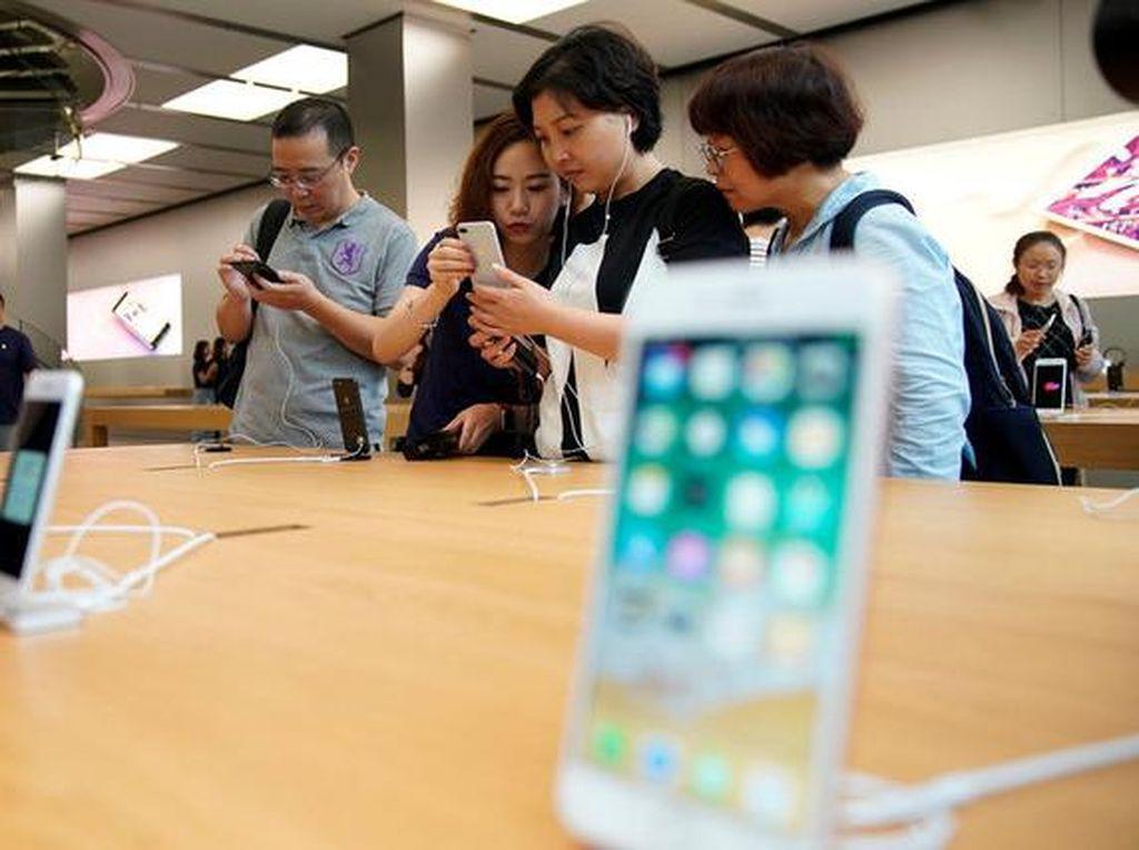 Mulai Pulih, Apple Kapalkan 2,5 Juta iPhone di China
