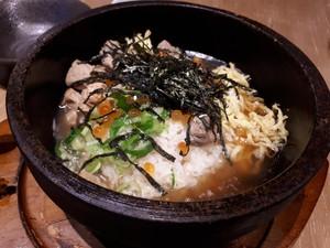 Hokkaido Izakaya: Gurihnya Soba Saus Wijen Hitam dan Nasi <i>Topping Seafood</i> Hokkaido