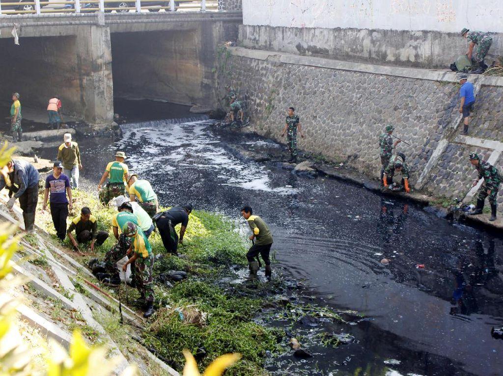 2017, Polda Jabar Tangani 17 Kasus Pencemaran Limbah di Sungai Citarum