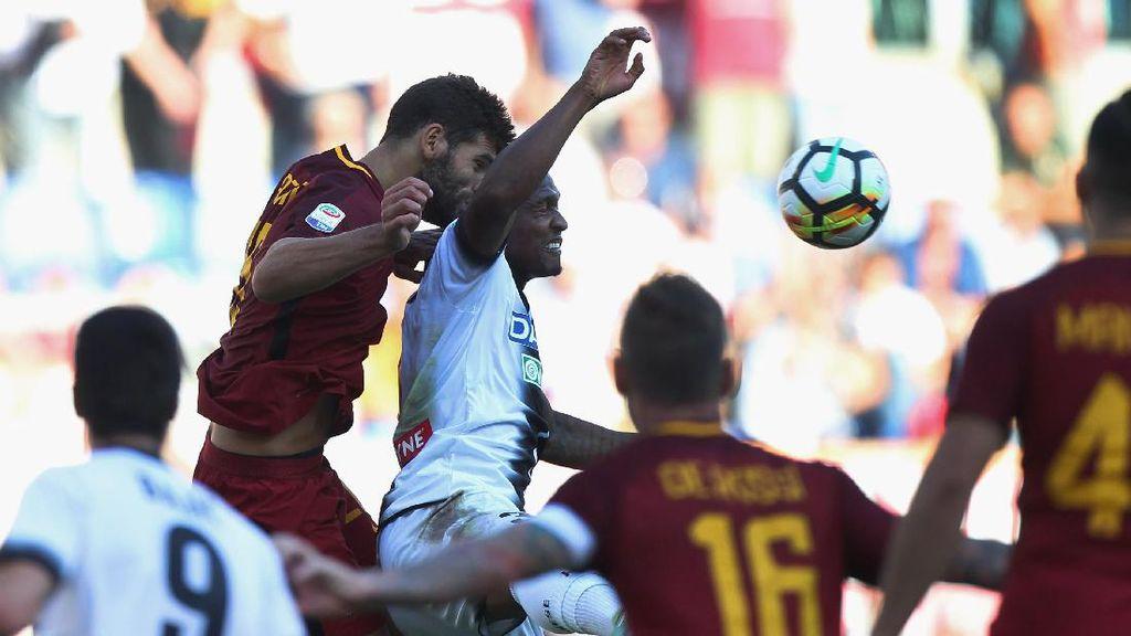Roma Atasi Udinese 3-1