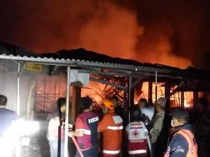 4 Jam Kebakaran di Pasar Benpas, Api Berhasil Dipadamkan