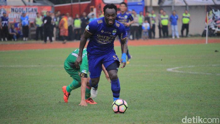 Pemain Persib Bandung, Michael Essien. (Foto: Wisma Putra/Detikcom)