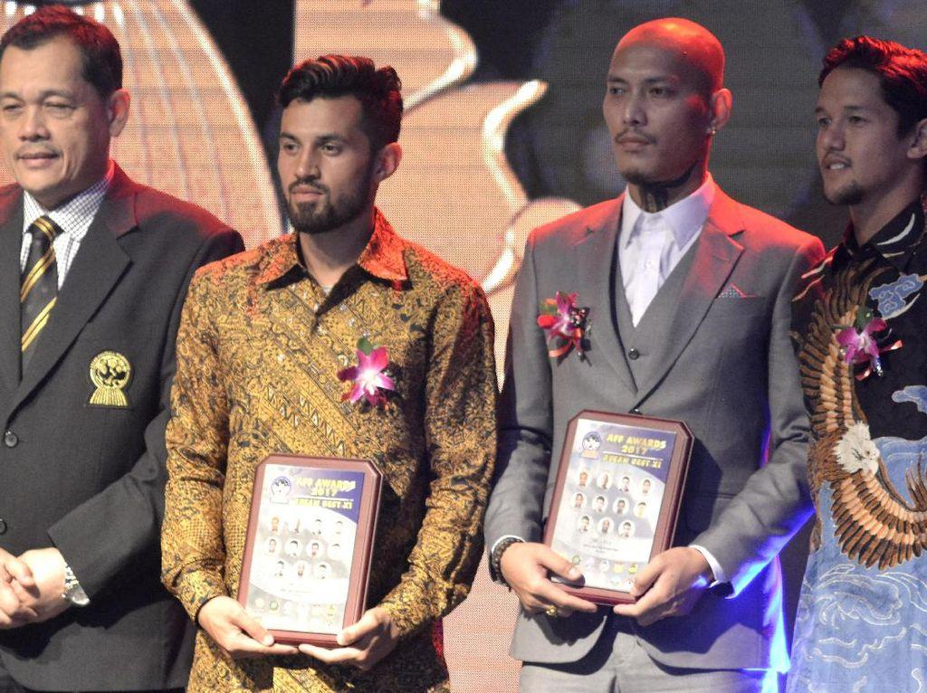 Gol Andik Vermansah Dapat Penghargaan AFF 2017, Kardono Raih Life Service Award