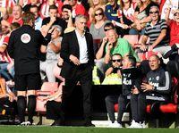 Mourinho Mainkan Lima Bek Demi Amankan Poin Penuh