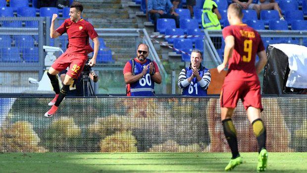 AS Roma menang 3-1 atas Udines di Olimpico Roma.