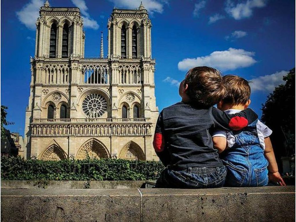 Foto: Duo Kakak Adik yang Keliling Dunia Sejak Umur 11 Bulan