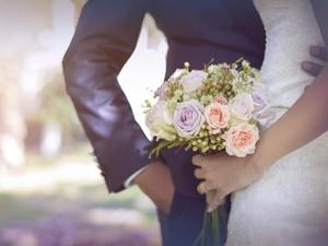 Serba-serbi Pernikahan Endorse untuk Artis, Biaya, Aturan, dan Kriteria