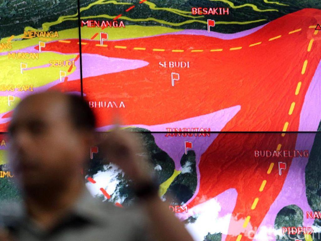 BNPB Jelaskan Status Gunung Agung