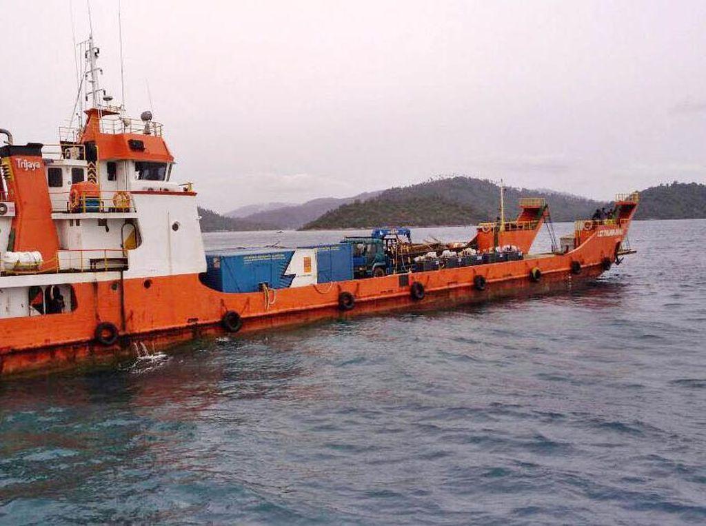 Seberangi Laut, Begini Perjuangan Terangi Pulau Terdepan RI
