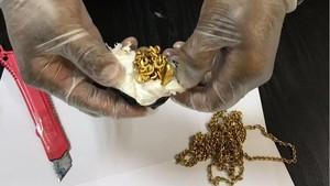 Selundupkan 1 Kg Emas di Duburnya, Pria Sri Lanka Ditangkap