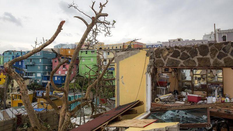 La Perla di Puerto Rico jadi setting video klip Despacito pada tahun 2016 silam. Sedihnya, kota itu kini luluh lantak karena diterjang Badai Maria pada Rabu pekan lalu (20/9) (Alex Wroblewski/Getty Images)