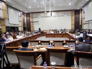 Anggota F-PKS: KPK Terkesan Benci Koruptor, Bukan Korupsi