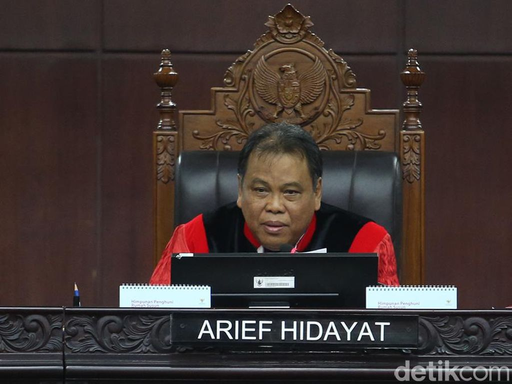 Hakim MK Arief Hidayat Ingatkan Garis Politik Hukum RI Kala Pandemi Corona