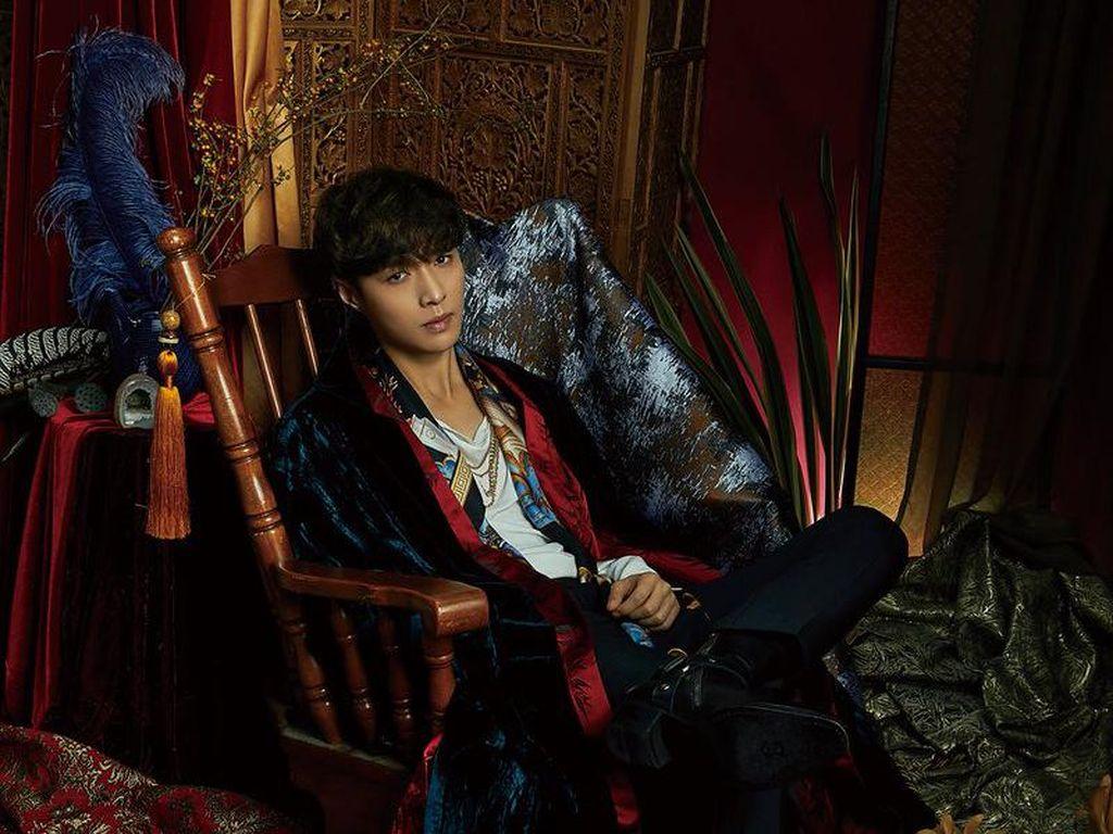 Lay EXO akan Berpartisipasi dalam Proyek Tribute Michael Jackson