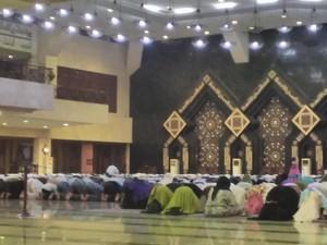Niat Sholat Sunnah Sebelum Subuh, Ini Arab, Latin dan Artinya