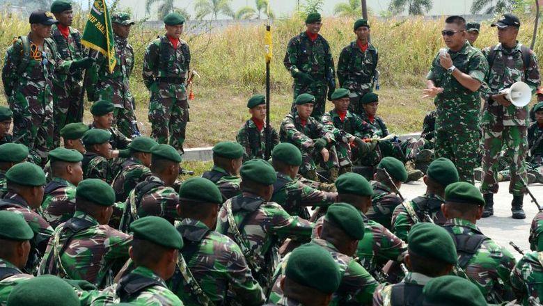 Kostrad Gelar Latihan Parade dan Defile Jelang HUT TNI
