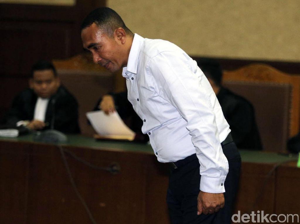 Menyuap Akil Mochtar, Samsu Umar Diganjar Penjara