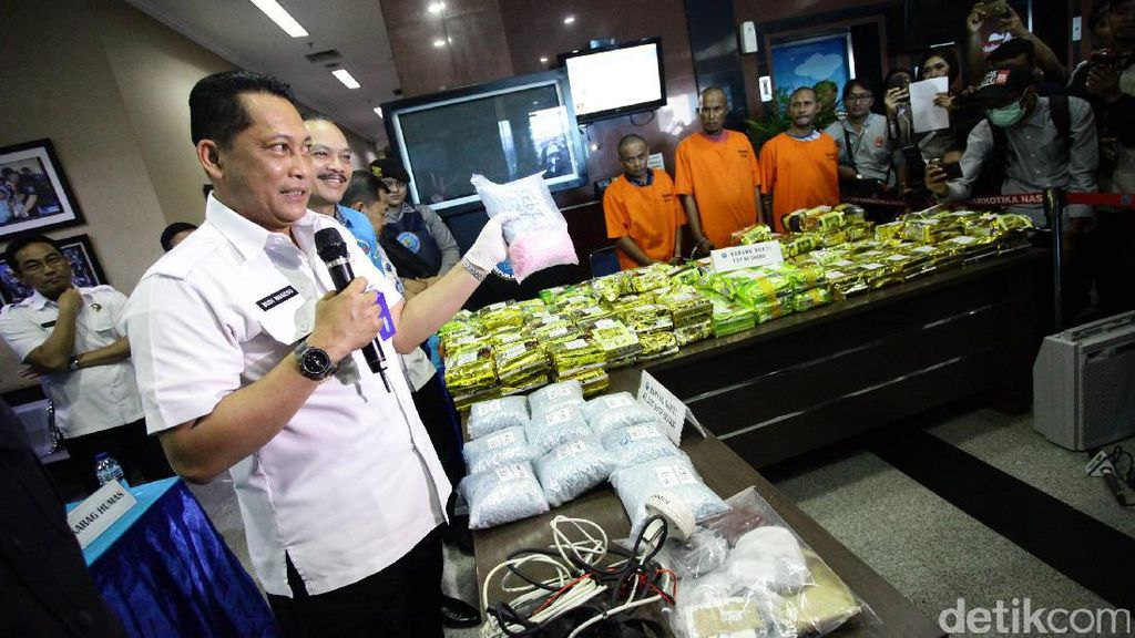 BNN Amankan 137 Kg Sabu dan 42.500 Butir Ekstasi