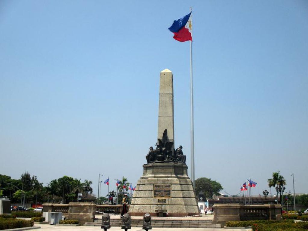 Filipina Godok Skenario Batasi Turis Usai Corona