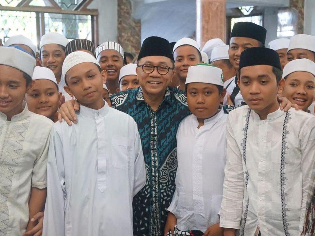 Ketua MPR Ajak Santri Korban Konflik Aceh Berani Hadapi Persaingan