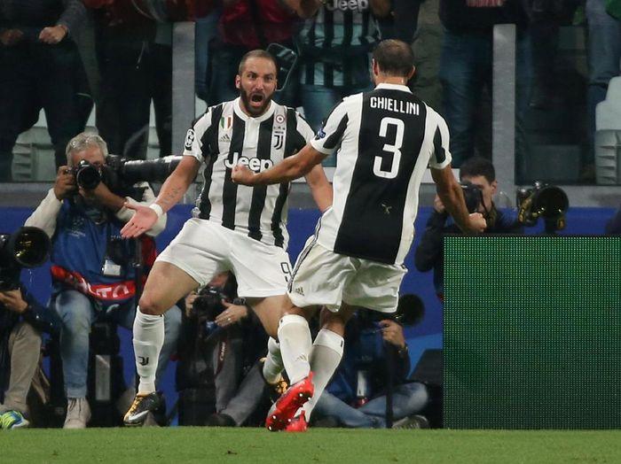 Penyerang Juventus, Gonzalo Higuain (Foto: Tony Gentile/Reuters)