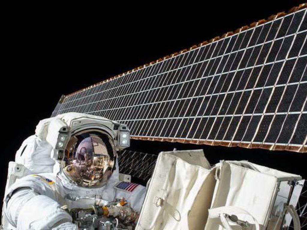 Bagaimana Caranya Menjadi Seorang Astronot