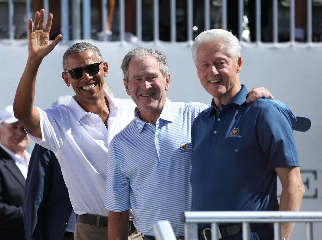 Kompaknya Para Mantan: Obama, Bush, Clinton Nonton Golf Bareng