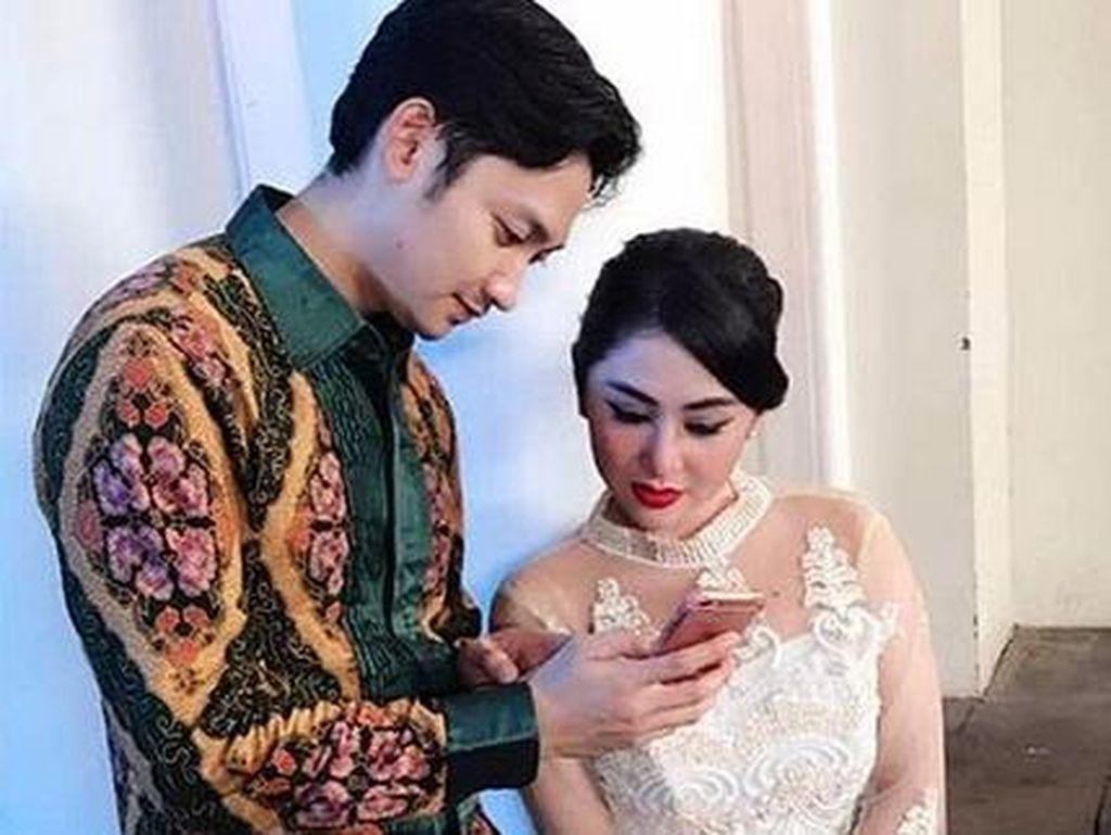Keceplosan! Dewi Persik Nggak Sengaja Sebut Angga Wijaya Suamiku
