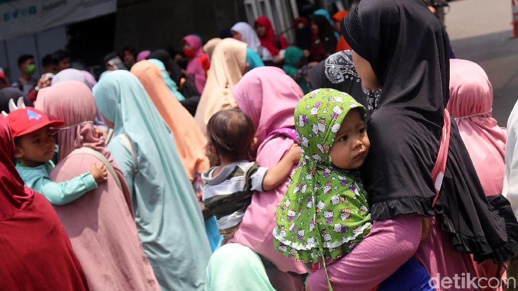 Foto: Para Akhwat yang Ikut Aksi 299