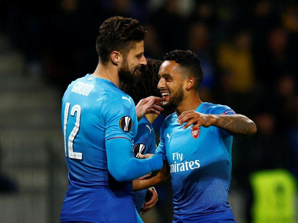 Walcott Kecewa Arsenal Kebobolan Dua Gol