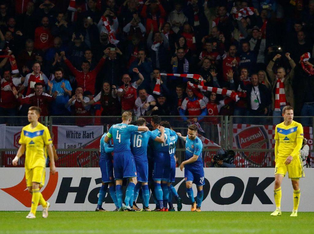 Perpaduan Pemain Senior dan Pemain Muda Arsenal Puaskan Wenger