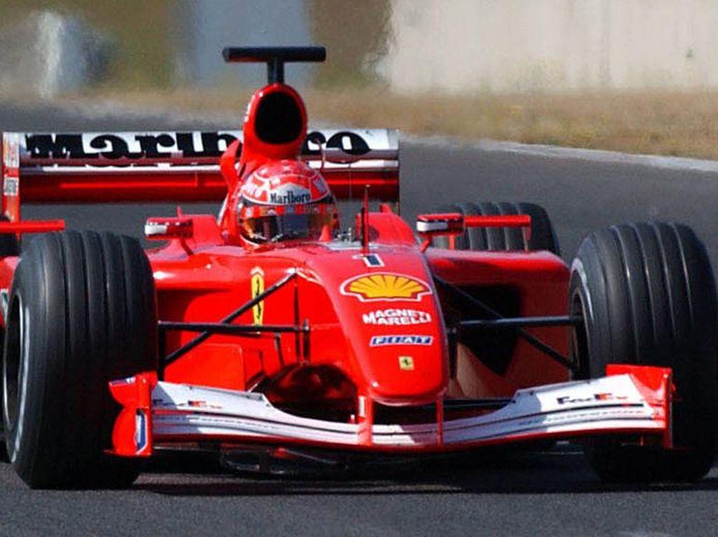 Mobil Balap F1 Bersejarah Michael Schumacher Dilelang