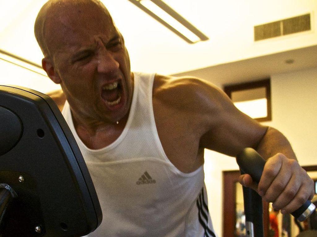 Ssst! Ini Rahasia Otot Kekar Aktor Laga Vin Diesel