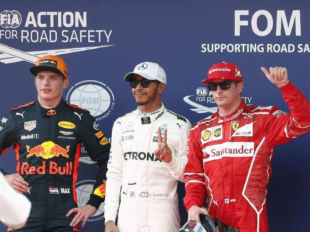 Hamilton Rebut Pole Position di Sepang, Vettel Start dari Belakang