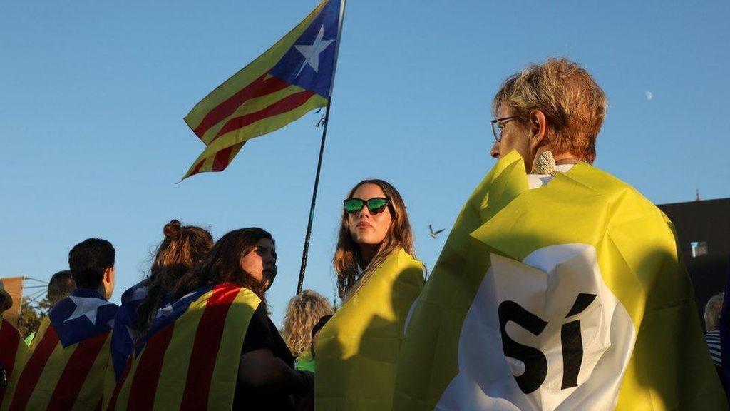 Demonstrasi Besar-besaran Jelang Referendum Kemerdekaan Catalonia