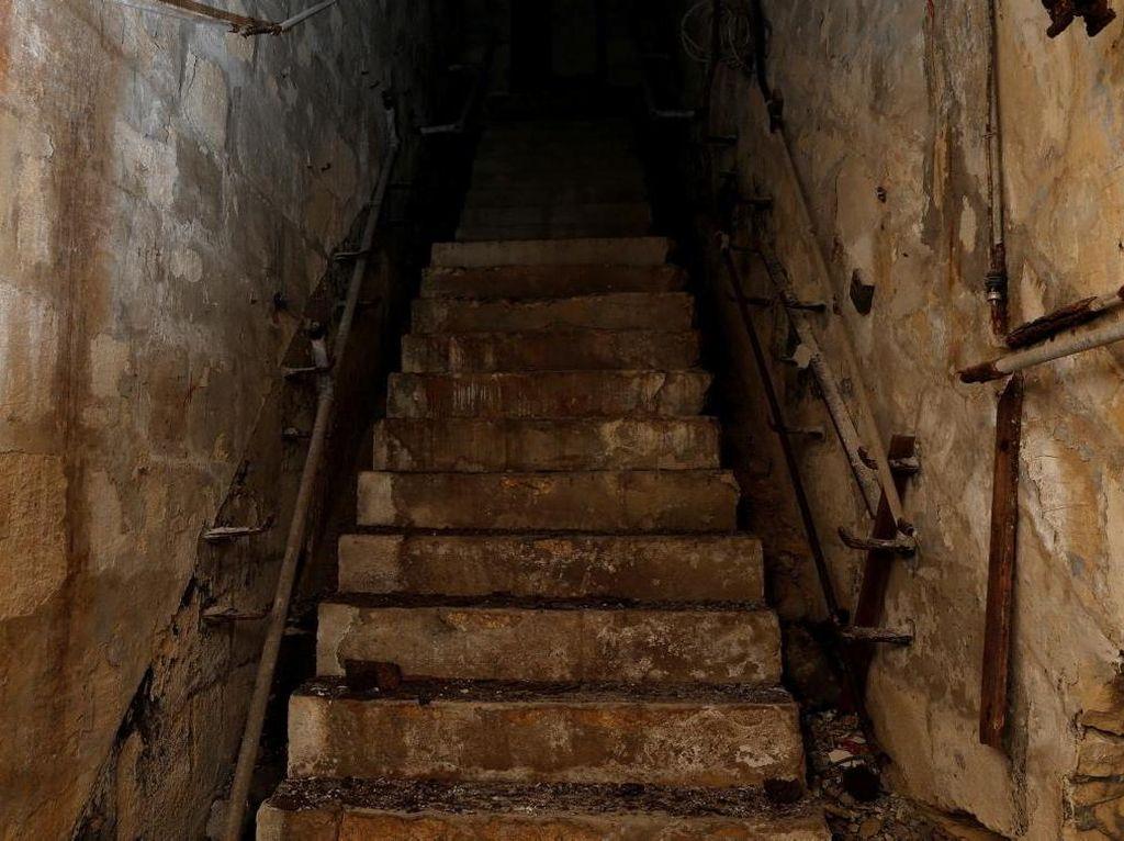 Foto: Saat Terowongan Perang Dunia II Dibuka Buat Turis