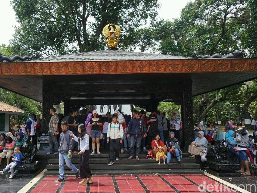 Alasan Warga Berkunjung Monumen Pancasila Sakti: Ingat Sejarah!