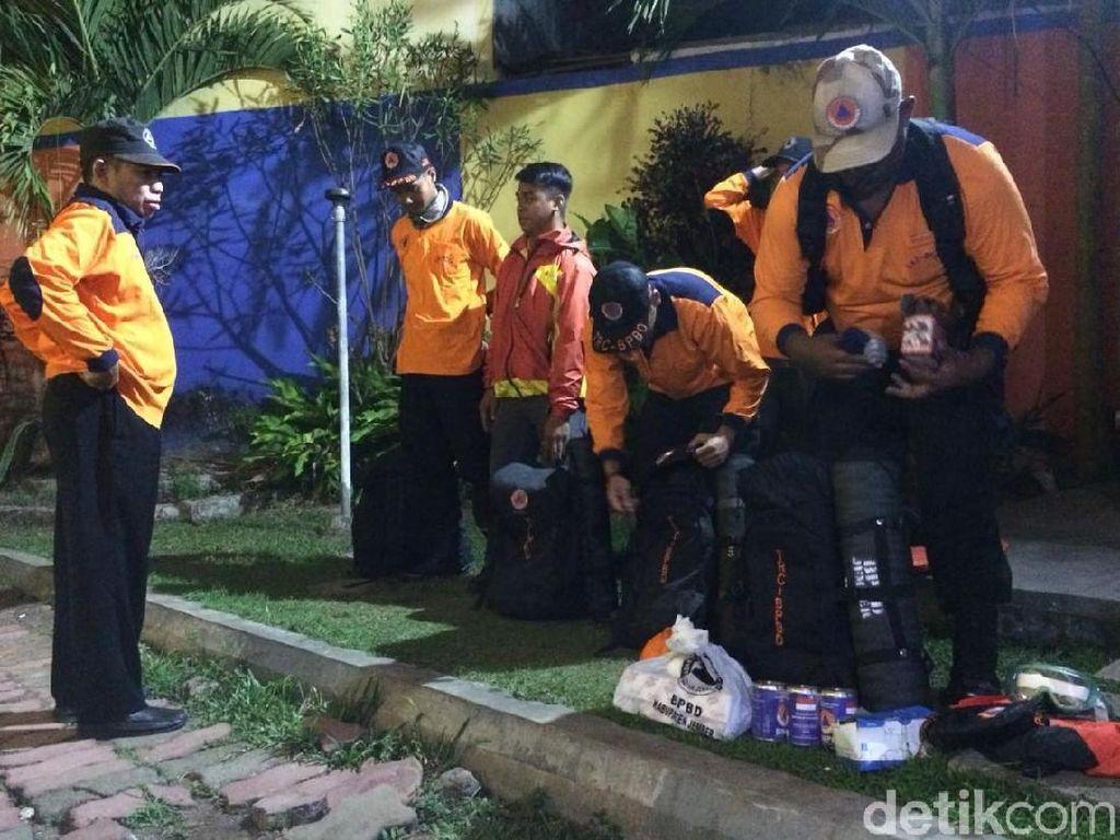 BPBD Jember Kirim Relawan ke Posko Pengungsi Gunung Agung