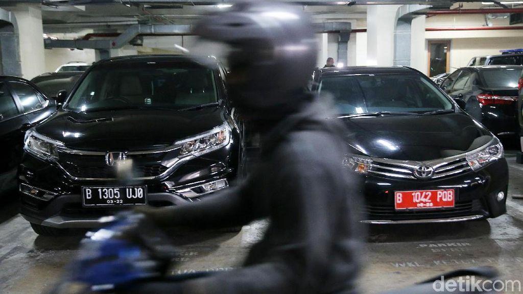 Foto: Ini Jajaran Mobil Dinas Mewah DPRD yang akan Ditarik Djarot